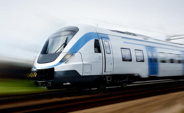 格尔木将于7月1日开通首列城际列车直达德令哈