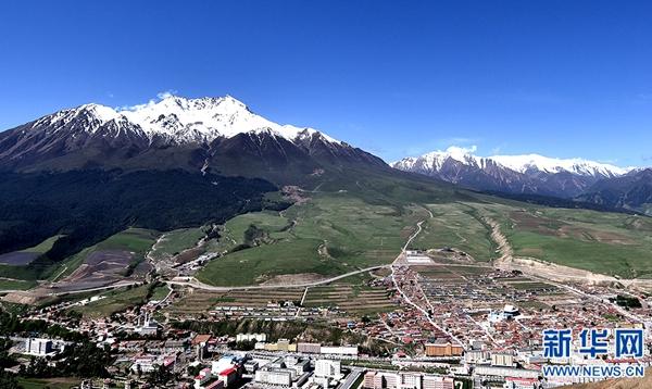 近年来,青海省海北藏族自治州祁连县立足生态发展旅游,拓宽旅游产业链