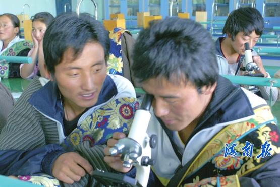 桃李芬芳 硕果满枝 --海南州教育事业五年发展