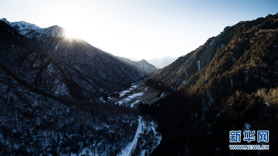 """(美丽中国)(1)冬季北山的""""林海雪原"""""""