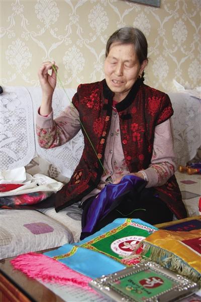 传统手艺|让高原妇女绣出美好生活