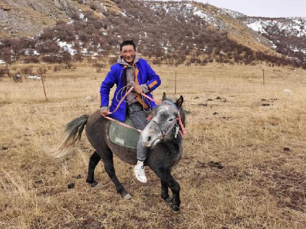 青海玛沁:邮储扶贫小额贷款 牧