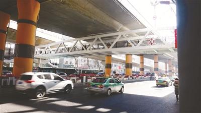 提高效率 西寧市兩座過街設施建成使用