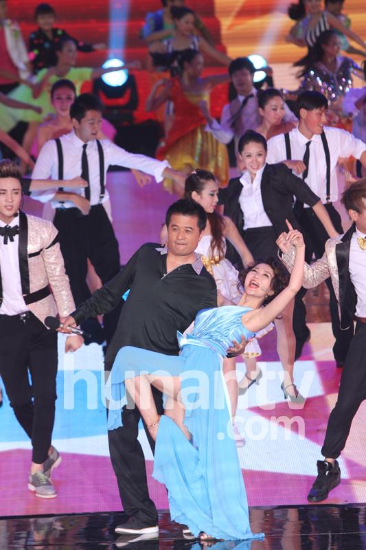 阿朵热舞高清_阿朵热舞视频 中国美女热舞大全 - 旅途风景