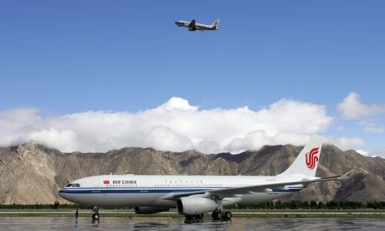通用机场落地 促都兰经济发展