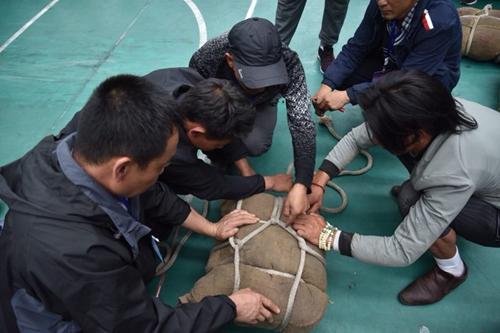 贵南县第三届机车文化旅游节开幕 举沙袋竞赛精彩纷呈