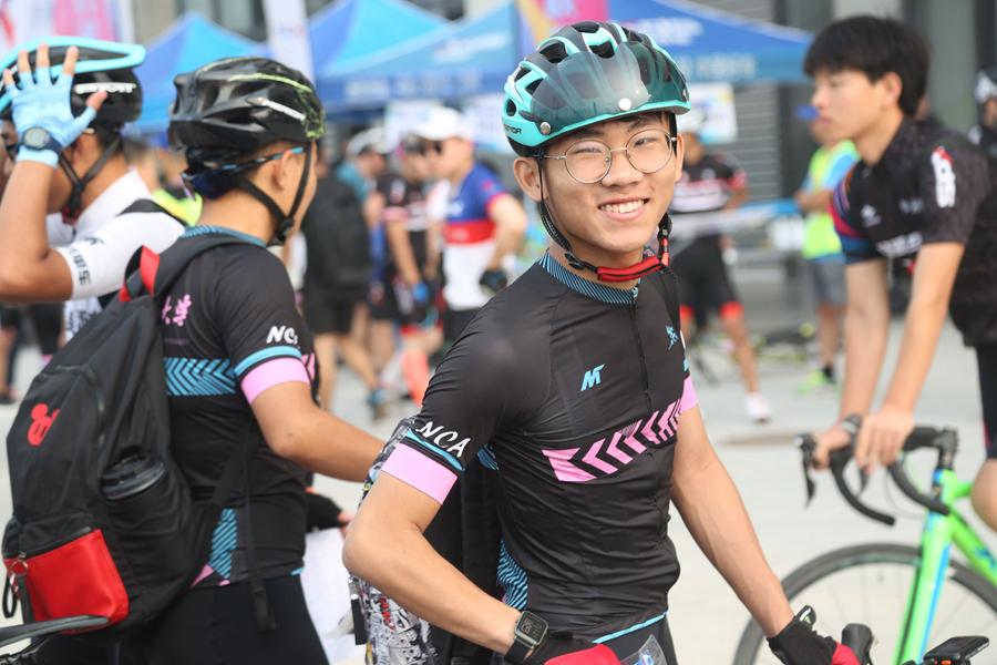 2019環青海湖自行車聯賽(西(xi)安(an)站(zhan))開賽