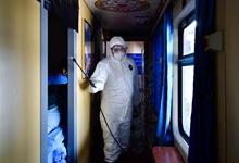 西寧︰強化列車消毒 助旅(lv)客安全出行