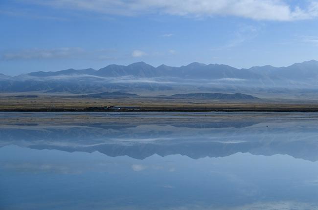 秋遊茶卡鹽湖 感受高原日出靜謐壯美